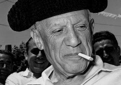 Picasso as toreador, Vallauris 1954, Silver gelatin print 30x40cm