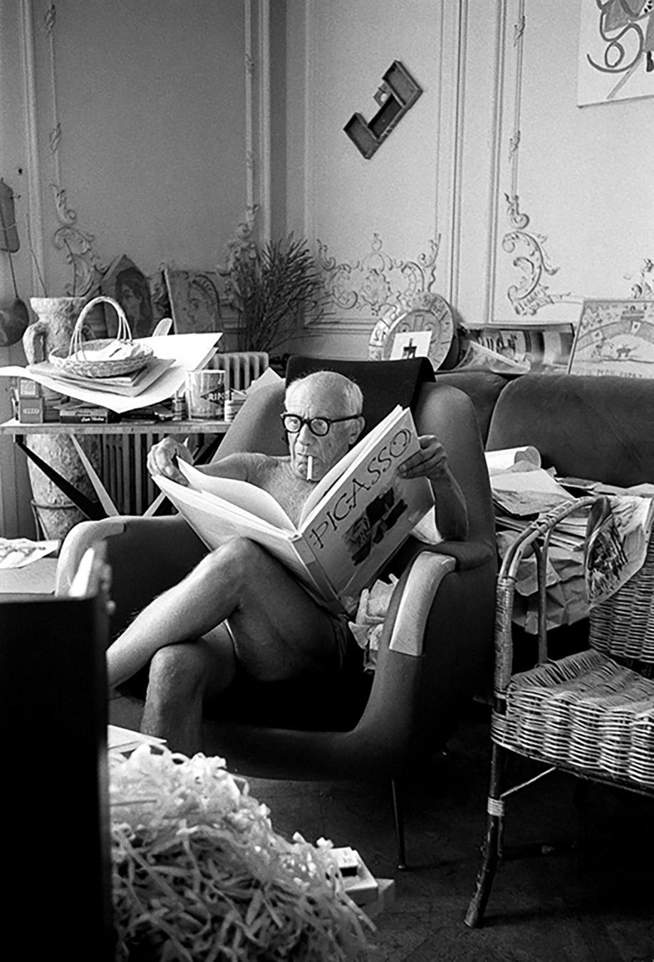Picasso reading book on himself, Villa La Californie, Cannes 1961 Silver gelatin print 94x66cm