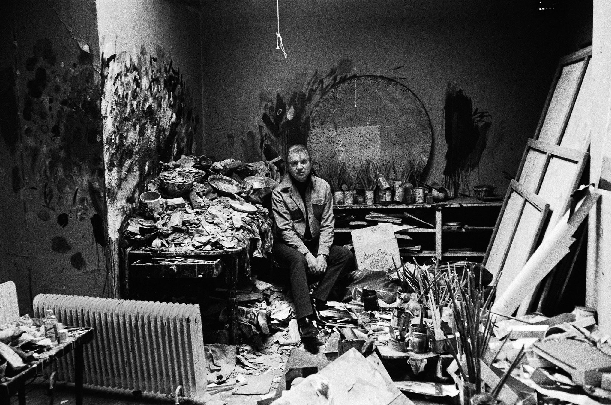 Francis Bacon in his studio, London 1979 (I) Silver gelatin print 98x64cm