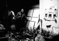 Francis Bacon in his studio, London 1979 (I), Silver gelatin print 98x64cm