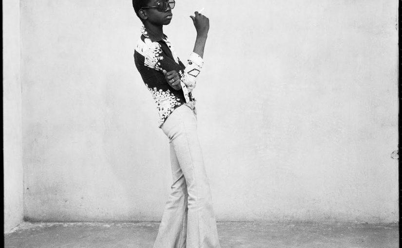 Un Yéyé en position, Bamako 1963, Silver gelatin print 122x126cm